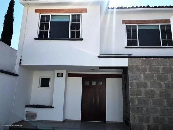 Casa En Renta En Milenio 3era Seccion, Queretaro, Rah-mx-20-894