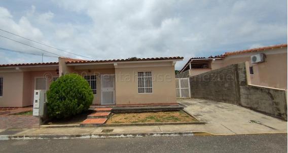 Casa En Alquiler La Piedad Cabudare 20 24180 J&m