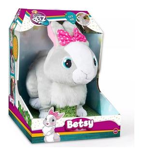Mascota Interactiva Betsy Conejita Saltarina Pets - Cuotas