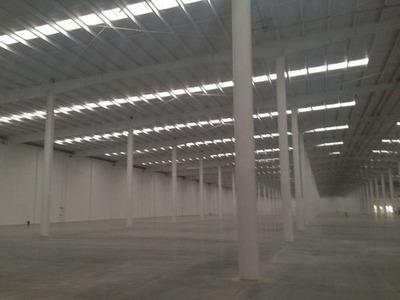 Naves Industriales En Renta Toluca 1,400 M2