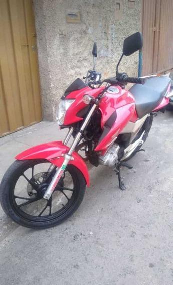 Honda Vermelha