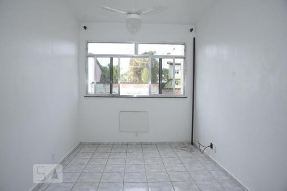 Apartamento Para Aluguel - Taquara, 2 Quartos, 55 - 893089702