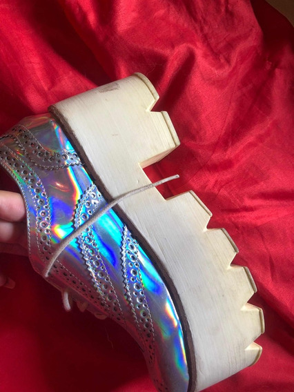 Zapatos Plateados En Excelente Estado