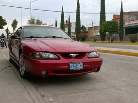 Ford Mustang 3.8 Coupe V6 Mt