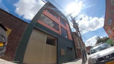 Edificio En Venta Centenario Mls 19-77 Rbc