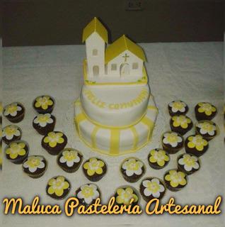 Torta De Comunión + Cupcakes. Pastelería Artesanal, Mesas