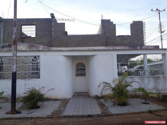 Casas En Venta En Curagua