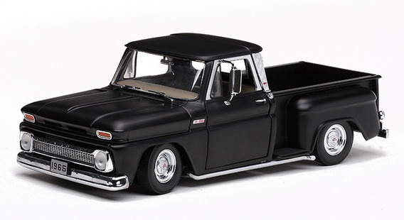 1965 Chevrolet Pickup C-10 Low Rider Preto - 1:18 - Sun Star