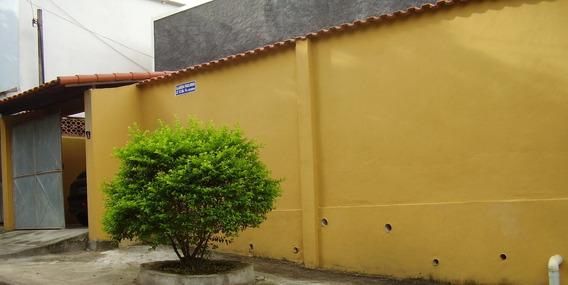 Casa De 100 Mt, Laje + Cobertura, Quintal Frente E Fundos, 2