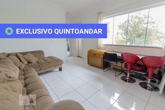 Apartamento No 1º Andar Com 2 Dormitórios E 1 Garagem - Id: 892942401 - 242401