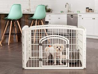 Corral Plástico Reforzado De 4 Paneles Y Puerta Mascotas