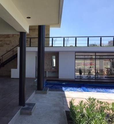 En Zibata, 3 Habitaciones, 3.5 Baños, Jardín, Alberca, Luxur