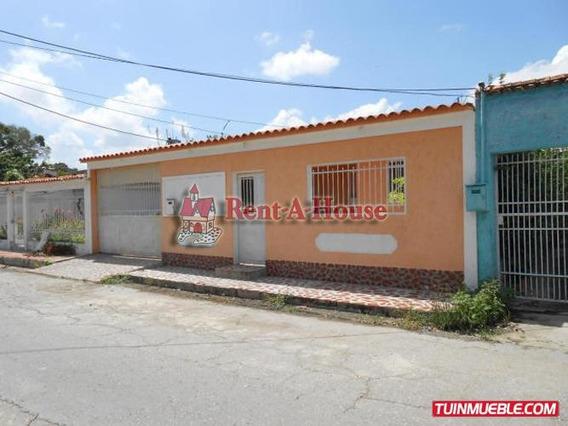 Casa En Venta   Maracay   La Esmeralda   19-11429gf