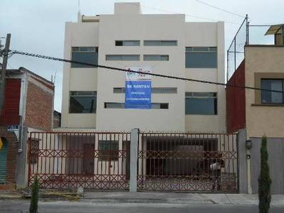 Oficina Comercial En Renta En San Salvador Tizatlalli, Metepec, México