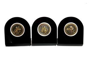Los Caballeros Del Zodiaco Set 3 Monedas Con Bases Comicoin
