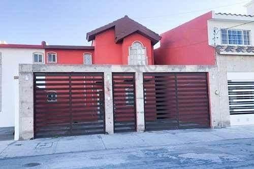 Casa Equipada En Renta, Fraccionamiento Quintas San Isidro, Torrreón, Coahuila