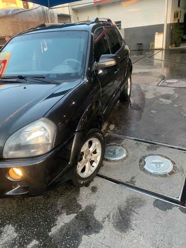 Imagem 1 de 4 de Hyundai Tucson 2011 2.0 Gls 4x2 Aut. 5p