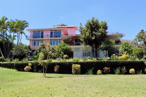 Casa Comercial En Jardines De Delicias / Cuernavaca - Roq-466-cc