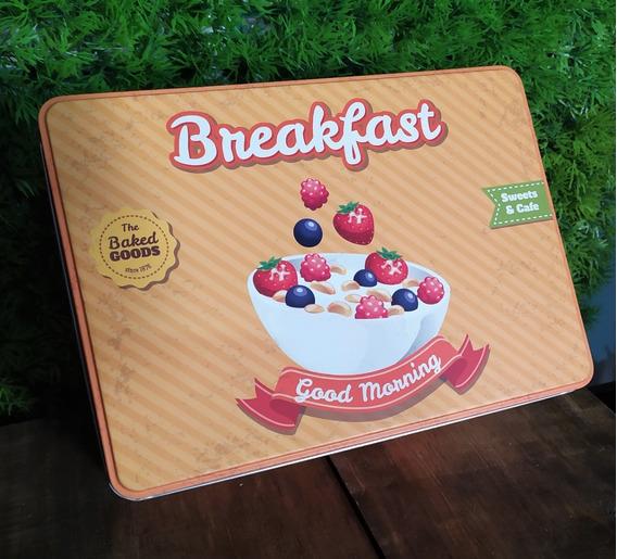 Lata Para Almacenar, Breakfast
