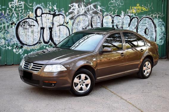 Volkswagen Bora 2.0 C/gnc 5° - Muy Cuidado - Permuto