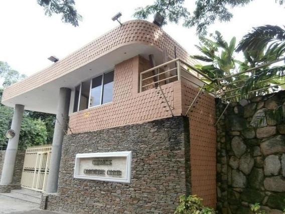 Apartamento En Venta En Valles De Camoruco 20-11627 Ac