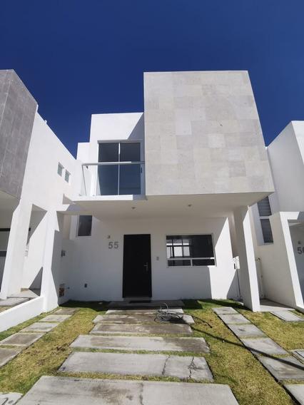 Casa En Renta En Juriquilla En Privada Con 3 Recamaras