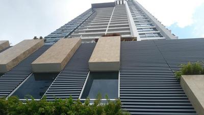 18-1161ml Oportunidad De Espacioso Apartamento En Obarrio