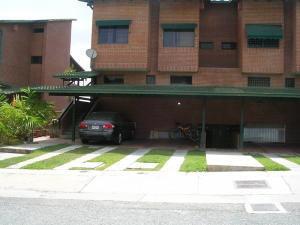 Townhouses En Venta Mls #19-12703 - Irene O. 0414- 3318001