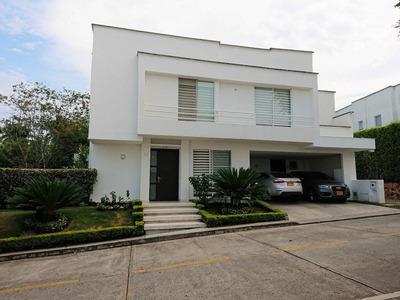 Casa En Condominio Pance, Cali / Colombia