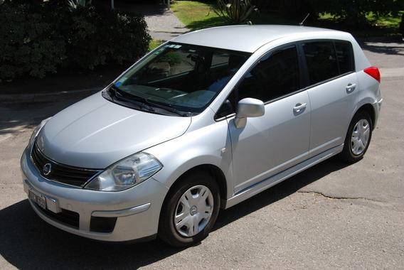 Nissan Tiida 1.8 5p Visia 2011.