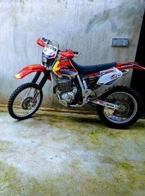 Honda Xr 400 .