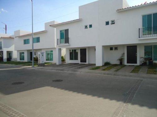 Casa Sola En Venta Misión Privadas Residenciales Irapuato