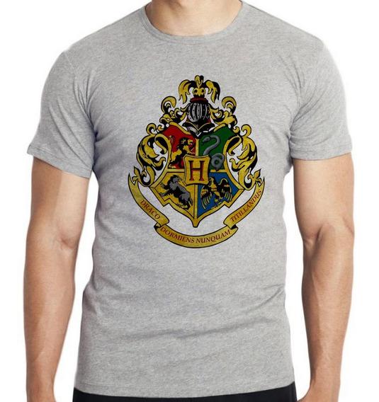 Camiseta Infantil Kids Hogwarts Harry Potter Símbolo Colorid