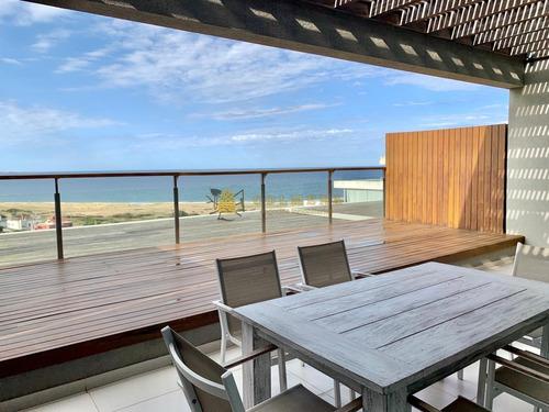 Apartamento En Venta Y Alquiler Temporario En Exclusiva Zona De Punta Ballena- Ref: 2818