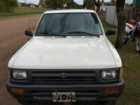 Toyota Hilux 2.8 S/cab 4x2 D 2001