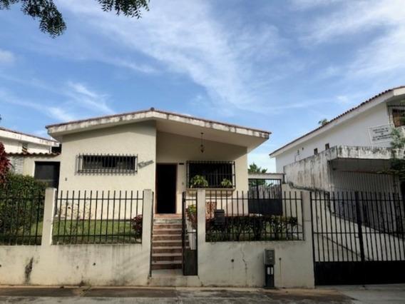 Venta Casa Urbanización El Trigal Norte, Desocupada, Lista P