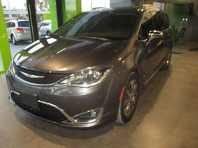 Chrysler Pacifica Limited, Aut, 6 Cil, Color Granito, 2017