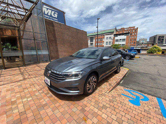 Volkswagen Jetta! Como Nuevo!