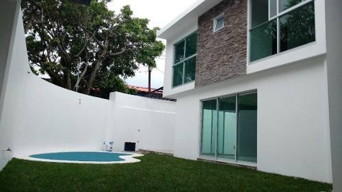 (crm-3635-72) Casa Venta Vista Hermosa Vigilancia