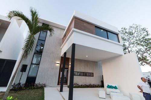 Casa De Lujo En Arcos Bambú, Playa Del Carmen