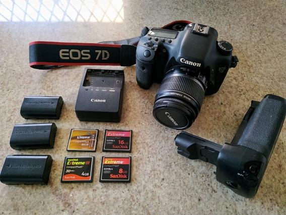 Canon 7d + Lente 18-55mm + Grip + 4 Cartões Cf + 3 Baterias