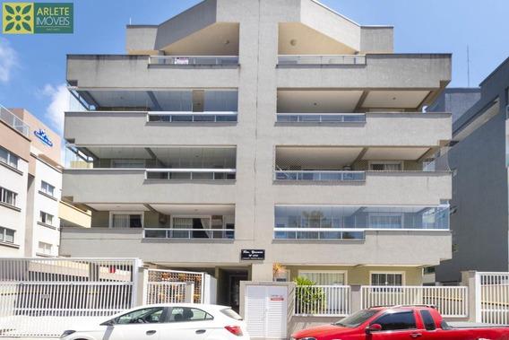 Apartamento No Bairro Bombas Em Bombinhas Sc - 411