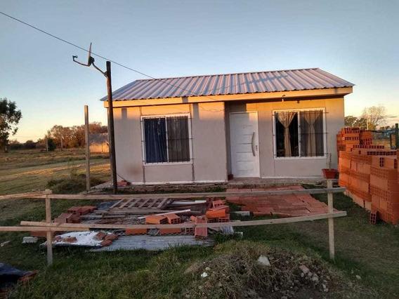 En Venta - Casa Pre-moldeado - Navarro
