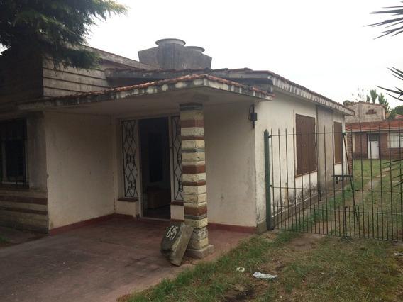 Gran Casa + 3 Propiedades Extra En La Costa.