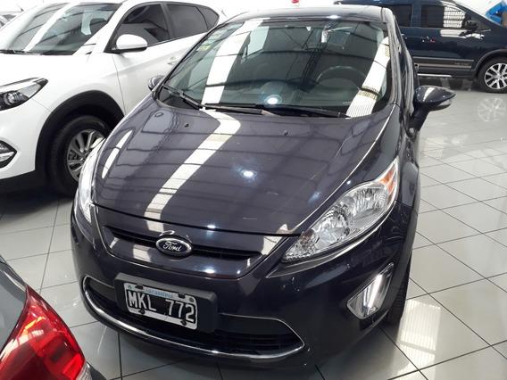 Ford Fiesta Kinetic 1.6 Titanium 2013, Concesionario Oficial