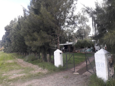 Vendo Casa Grande Con Gran Terreno O Permuto U$s 65.000