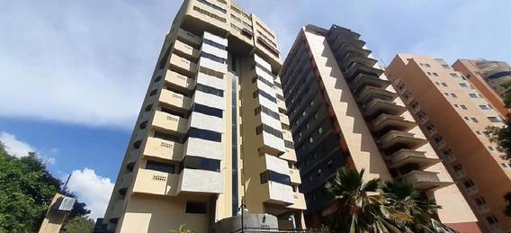 Apartamento En Venta El Parral Om 20-454