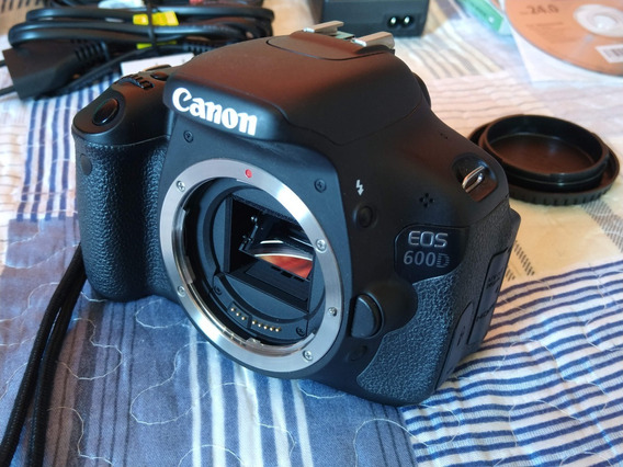 Canon 600d / T3i 6200 Cliques + Ef-s 18-135mm + 2 Baterias