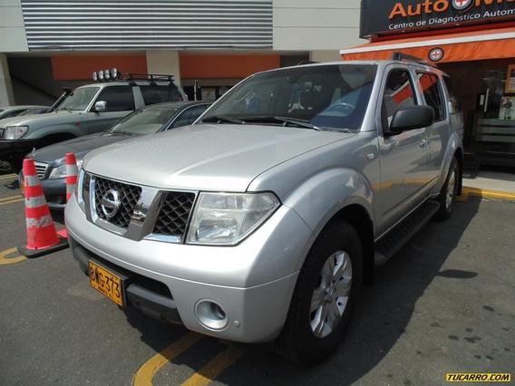 Nissan Pathfinder Se 4.0 4x4