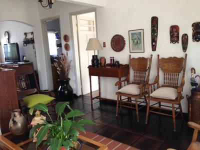 Casa 2 Domitorios En Corrales Esquina General Flores
